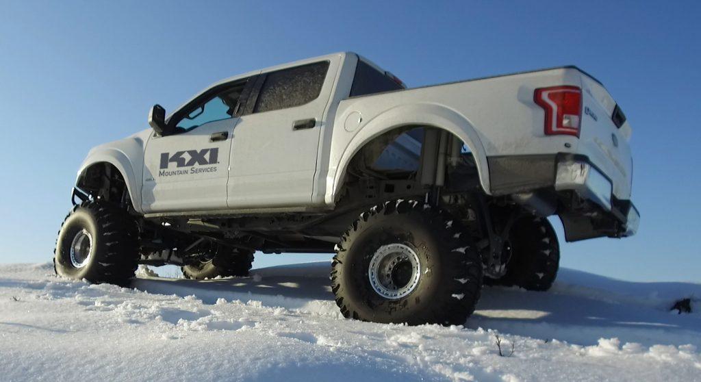 KXI-suspension-snow